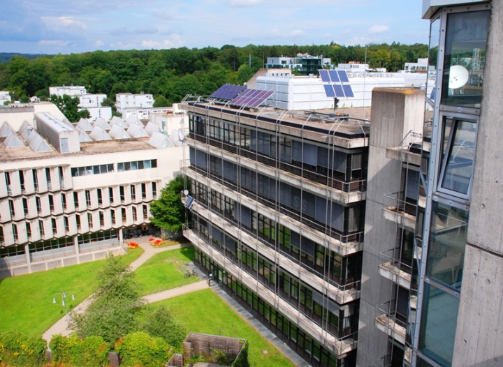 Institute for Photovoltaics: exterior view